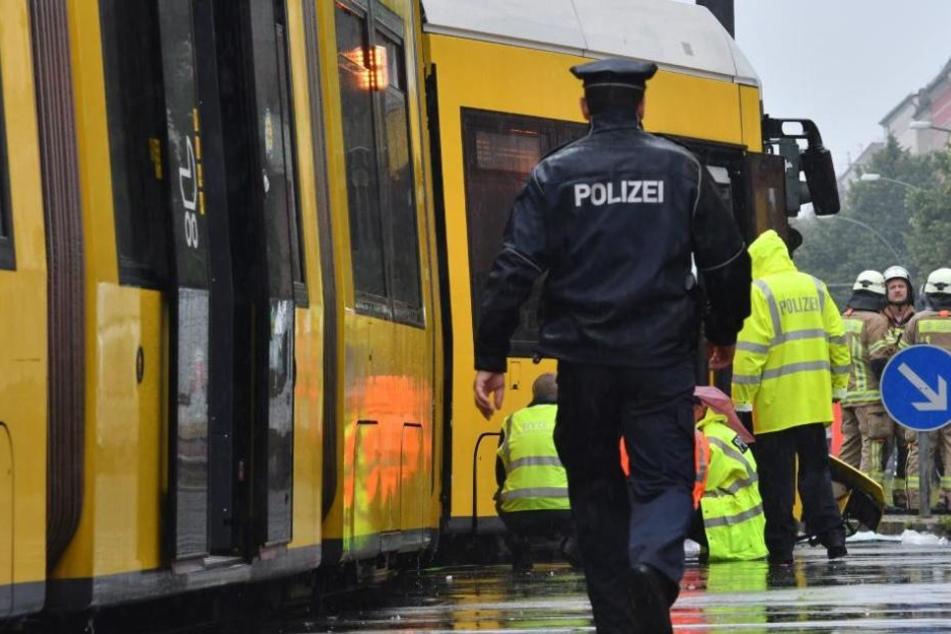 Die Polizei bittet um Hinweise von Zeugen. (Symbolbild)
