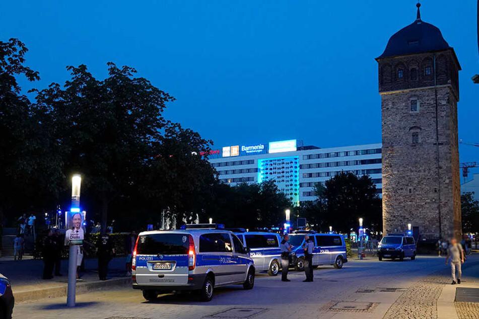 Polizeieinsatz am Roten Turm.