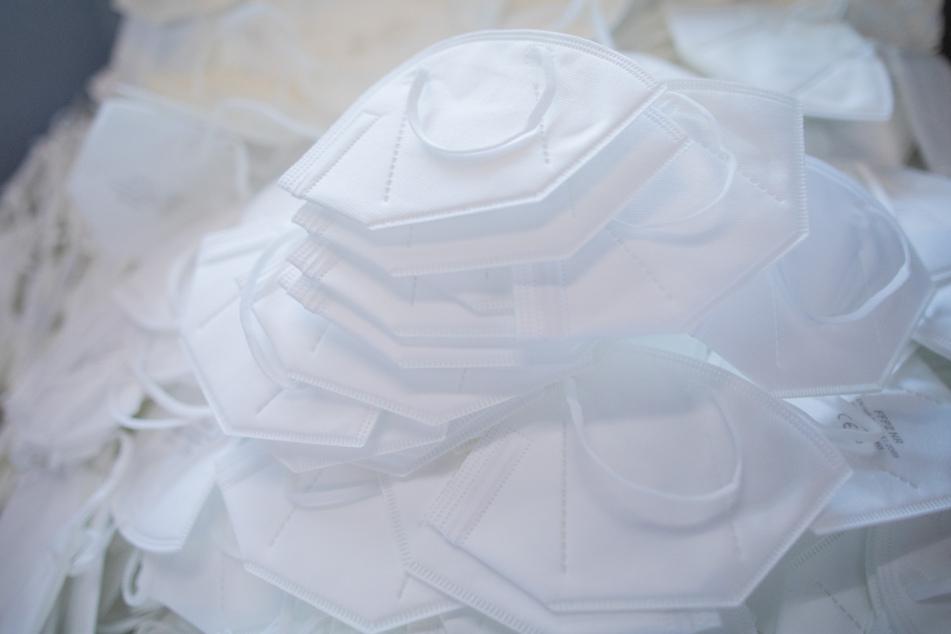 Autohändler verkauft Corona-Masken: Steuern in Millionenhöhe hinterzogen?