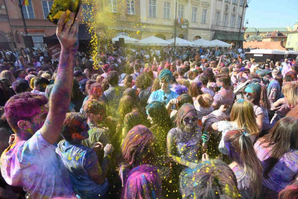 Das Event ist angelehnt an das indische Farbenfest Holi. (Symbolbild)