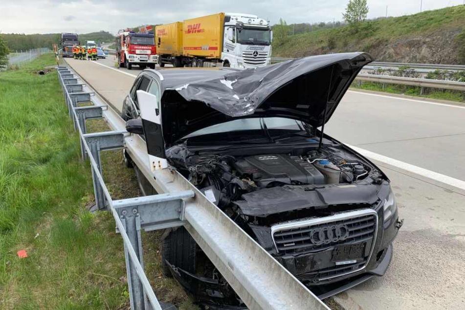 Der Audi war auch in die Leitplanke gekracht.