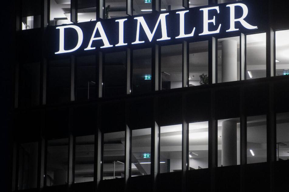 Stuttgart: Wegen gefährlichen Schiebedachs: Daimler ruft Hunderttausende Autos zurück