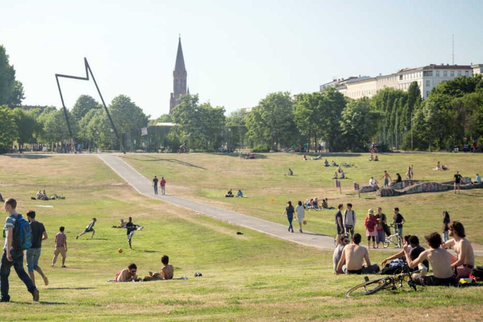 Der Görlitzer Park ist gut besucht. Ein Wunder, dass bei der Irrfahrt niemand zu Schaden kam.