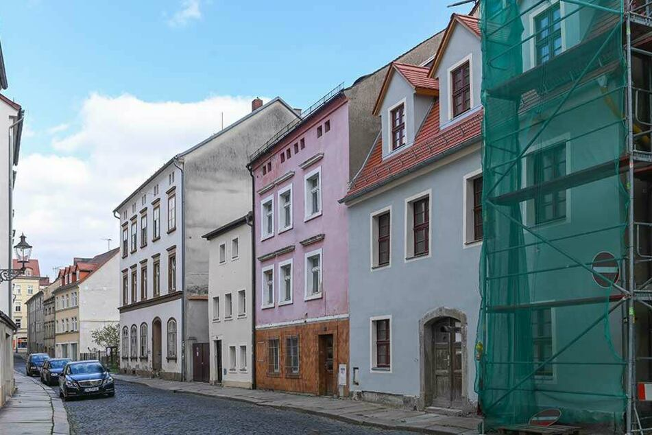 Manche Gasse in der Zittauer Altstadt hat noch Sanierungsbedarf. Die Kulturhauptstadt-Bewerbung könnte hier vielleicht etwas Schwung reinbringen.
