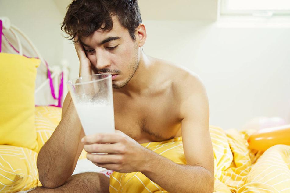 Ohje, da haben wir wohl mal wieder zu tief ins Glas geguckt. Doch gegen den Kater hilft nicht nur eine Aspirin.