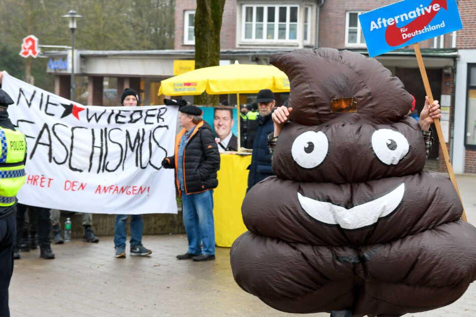Antifa versucht Wahlkampfstand der AfD zu blockieren