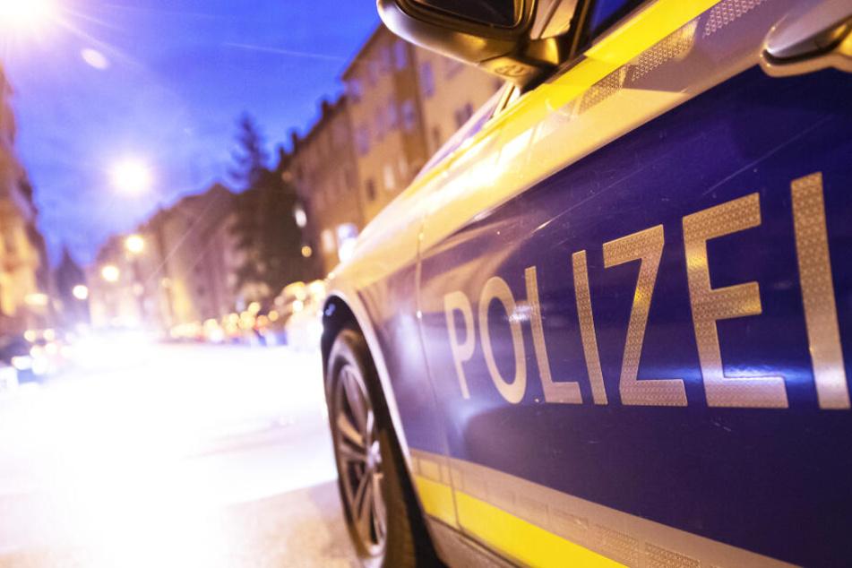 Die Polizei ermittelt in der Angelegenheit (Symbolbild).