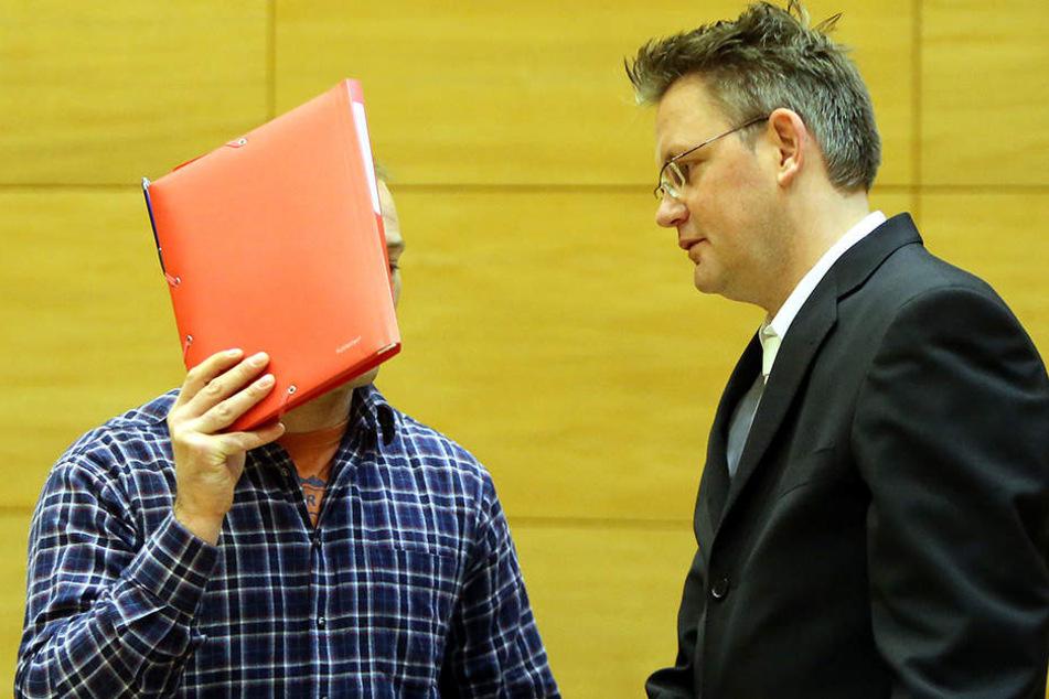 Der Angeklagte (32) wurde aus der Untersuchungshaft wieder freigelassen.