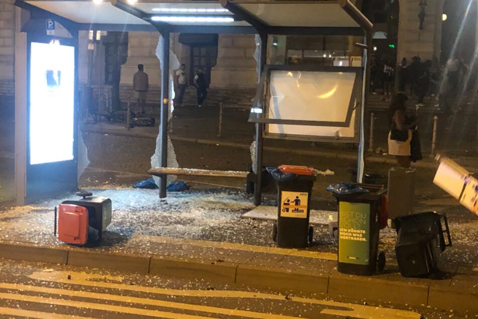 Nach Krawall-Nacht in Frankfurt: Polizei und Stadt beraten über Maßnahmen