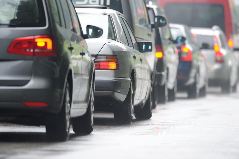 Unfall A95: A95 nach Unfällen bei München gesperrt:Geduldsprobe für Autofahrer