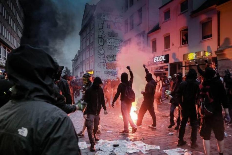 Plünderer, Randalierer und Aktivisten zogen am 7. Juli durch das Schanzenviertel.