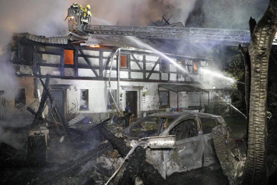 Das Wohnaus wurde durch den Brand massiv beschädigt.