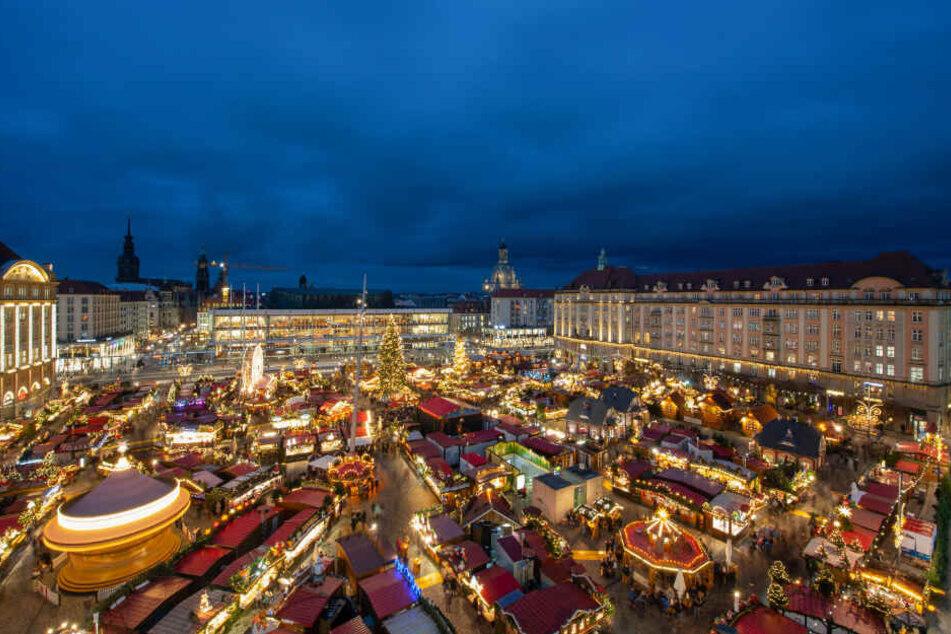 Der Dresdner Striezelmarkt.