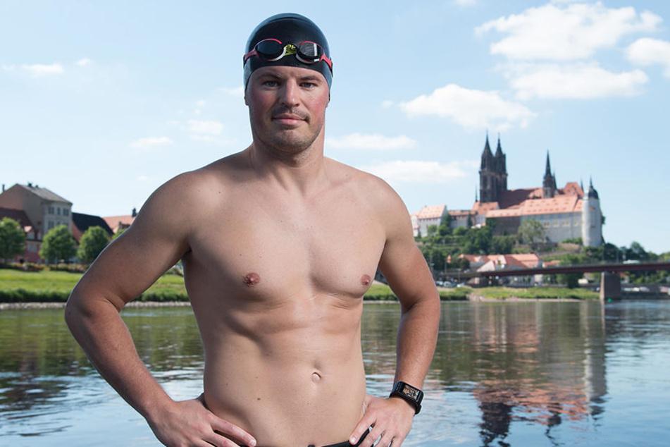 Joseph Heß (30) schwamm gerade erst die Elbe bis nach Hamburg, jetzt tritt er beim Zwickau Triathlon an.