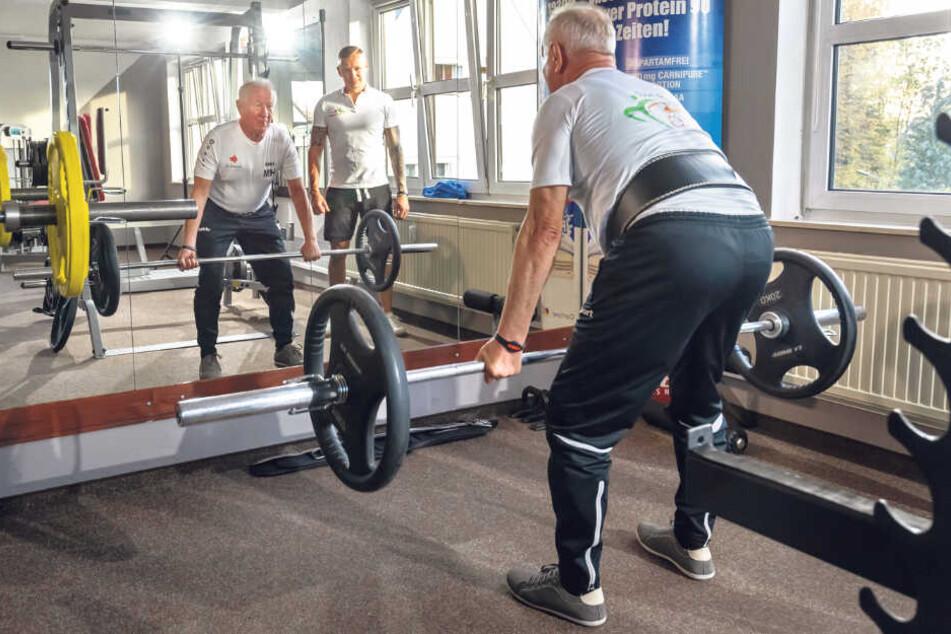 Uropa (68) ist Gewichthebe-Weltmeister
