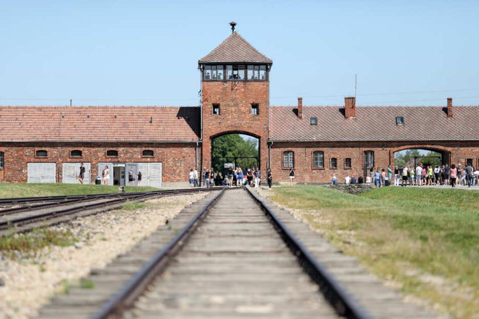 Auschwitz war ein Konzentrationslager der Nazis, an dem mehr als eine Million Menschen den Tod fanden.