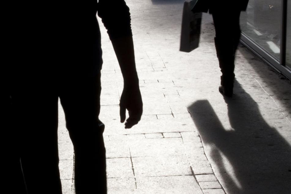 Eine junge Frau ist in Berlin-Moabit überfallen worden (Symbolbild).