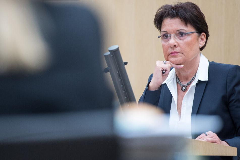 Zulagen-Affäre: Ab heute steht die Hochschulspitze vor Gericht!