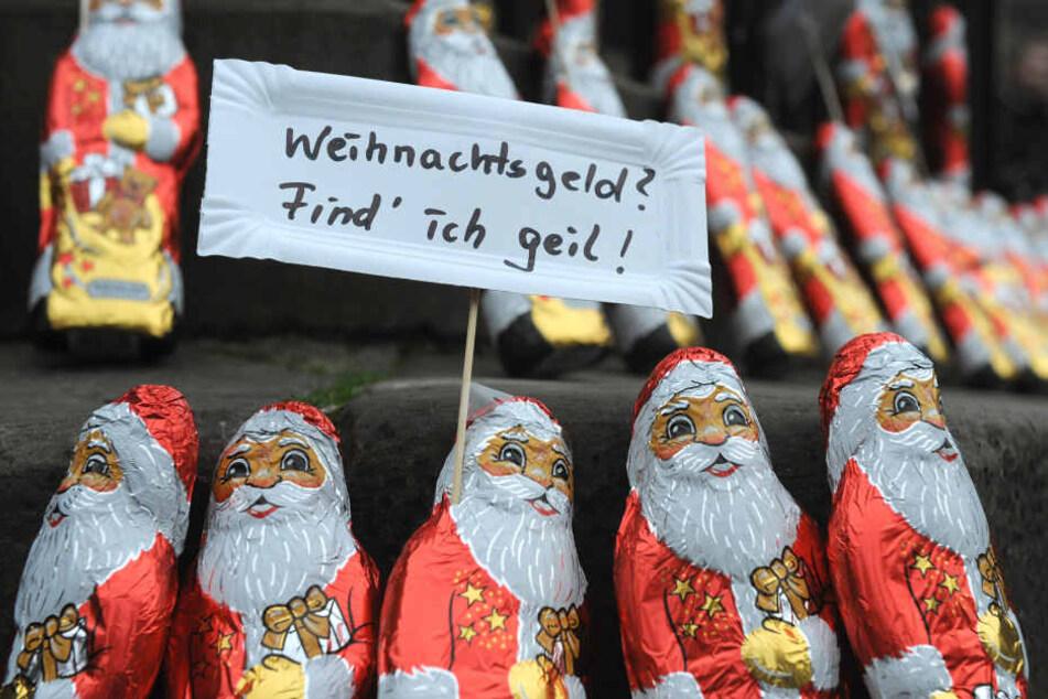 So viel und so wenig Weihnachtsgeld bekommen Angestellte in NRW