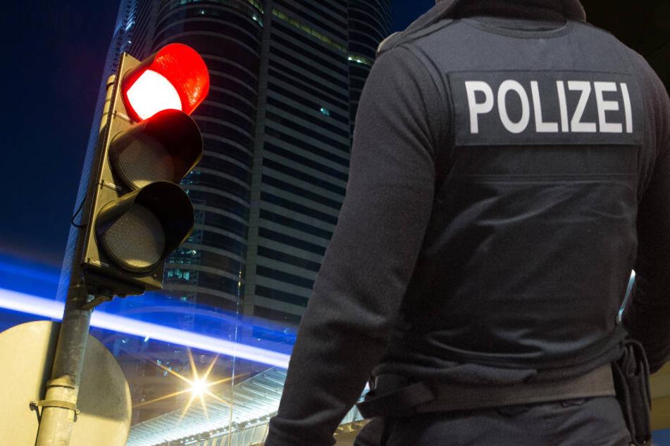 Die Polizei in Mainz fahndet nach fünf Männern (Symbolbild).