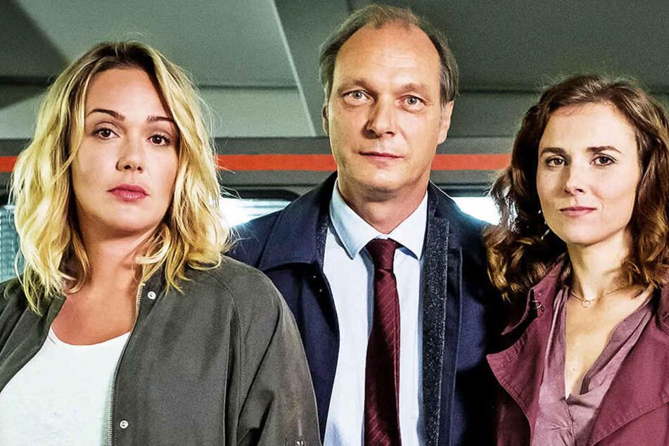 Sechs Folgen lang haben sie zusammen ermittelt: Alwara Höfels, Karin Hanczewski und Martin Brambach.