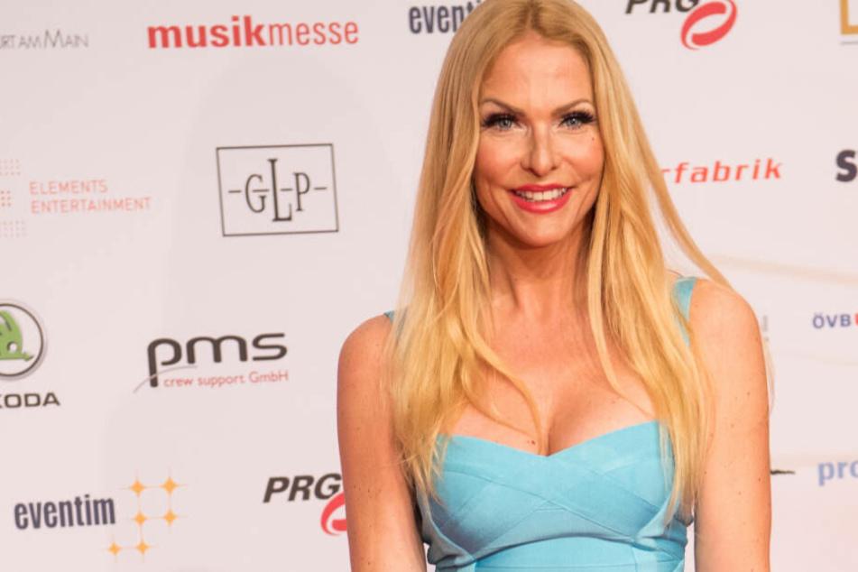 Bei offiziellen Auftritten vor den Kameras ist Sonya Kraus immer perfekt gestylt.