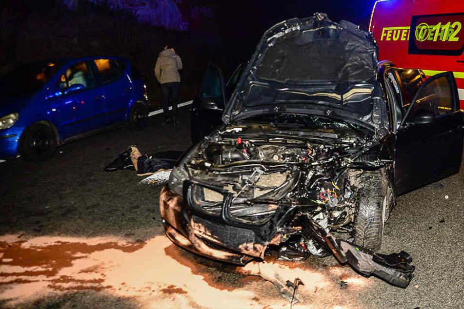 Der BMW-Fahrer konnte nicht mehr bremsen und fuhr auf.