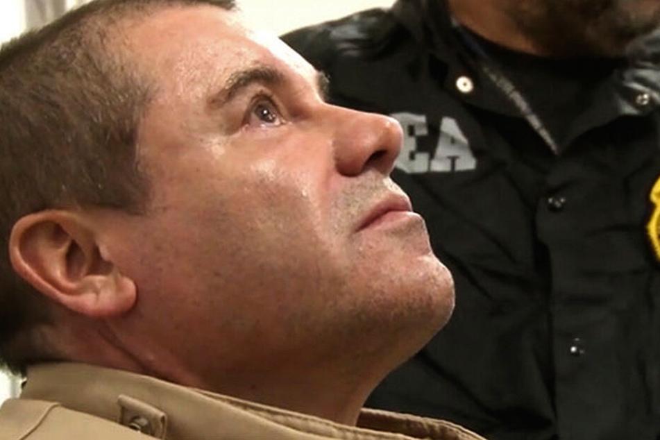 """1. Februar 2019: Der mexikanische Drogenboss Joaquin """"El Chapo"""" Guzman auf dem Long Island MacArthur Flughafen, nachdem er in die Vereinigten Staaten ausgeliefert wurde."""