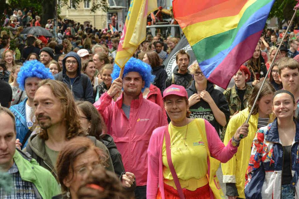 Die Organisatoren erwarten zum 25. Frankfurter Christopher Street Day Zehntausende Teilnehmer.
