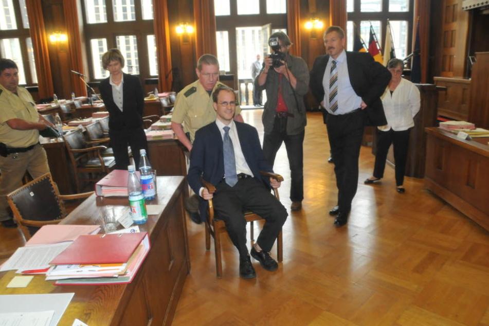 Trotz Hausverbot blieb Kohlmann auf seinem Stuhl sitzen. (Archivfoto)