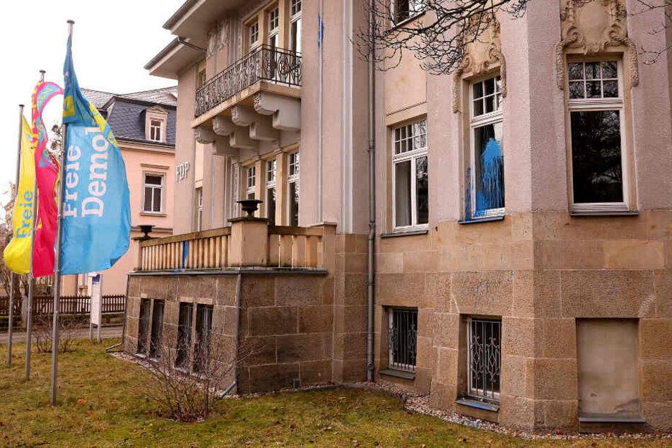 Farbattacke auf FDP-Zentrale in Dresden: Staatsschutz ermittelt!