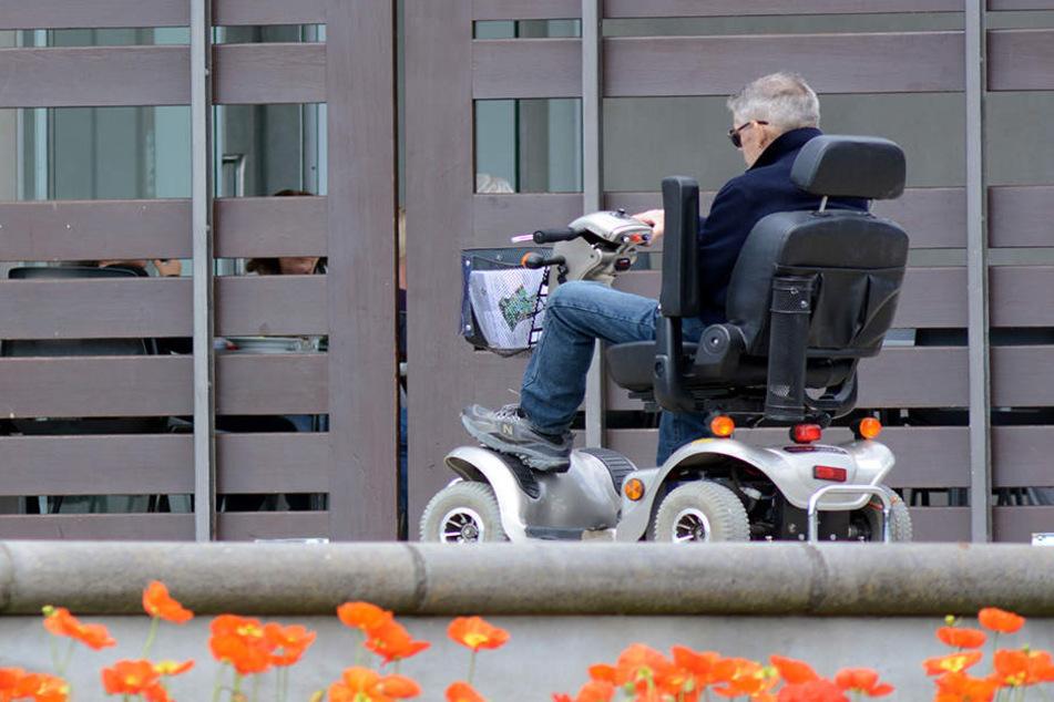 Mit so einem elektrischen Rollator raste ein Rentner durch Wesel (Symbolbild)
