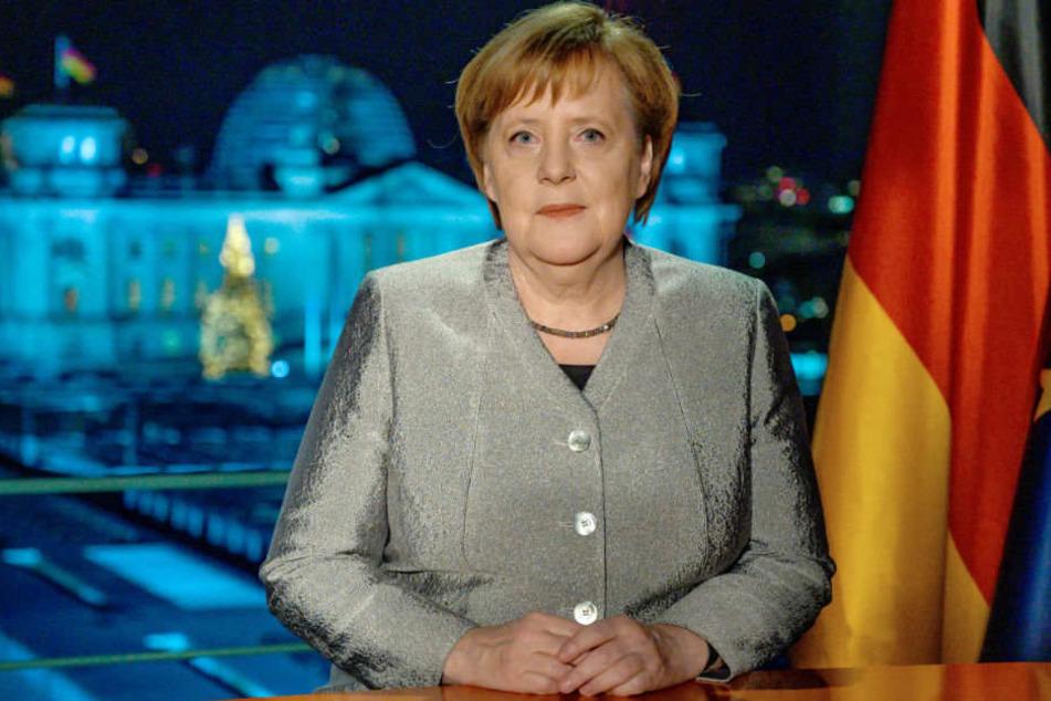 Neujahrsansprache: Angela Merkel übt Selbstkritik und sorgt sich um inneren Frieden