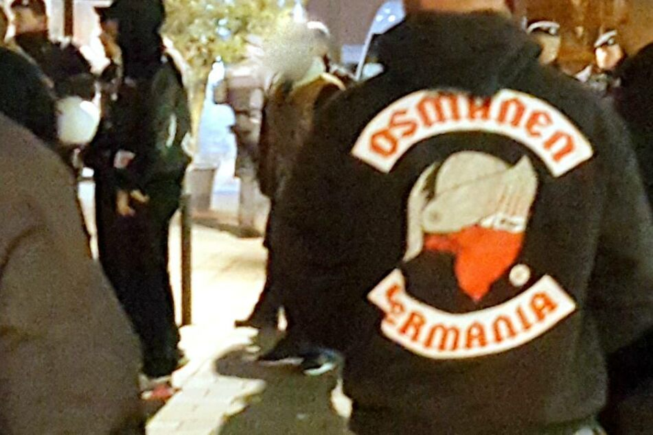 Die Rockergruppe soll türkisch-nationalistische und rechtsextreme Positionen vertreten.