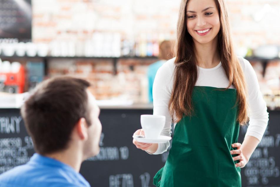 Kellnern ist ein beliebter Nebenjob bei den Studis.