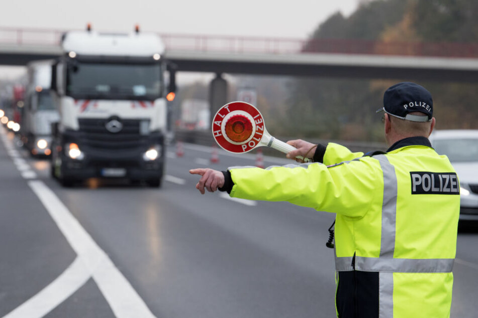 Der 25-Jährige wurde bei Offenbach aus dem Verkehr gezogen. (Symbolbild)