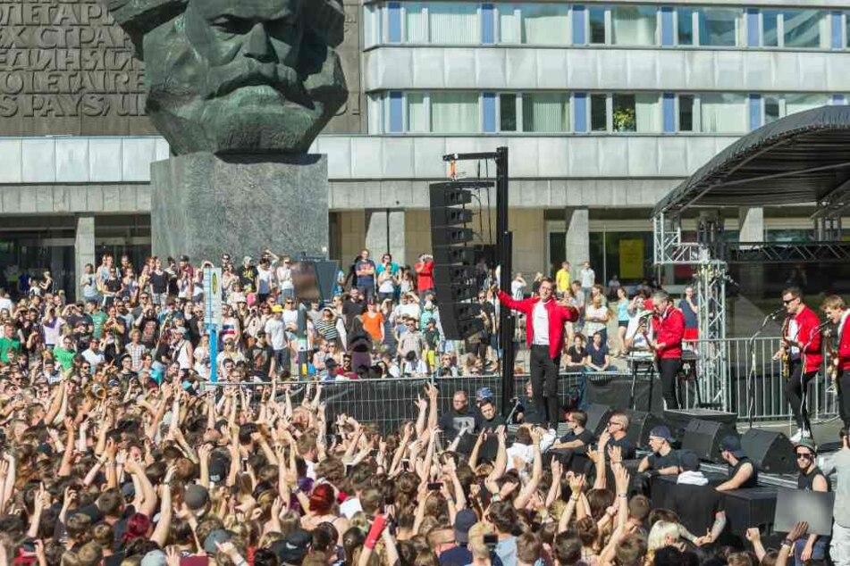 Tausende kamen im Juni zum Überraschungskonzert in Chemnitz.