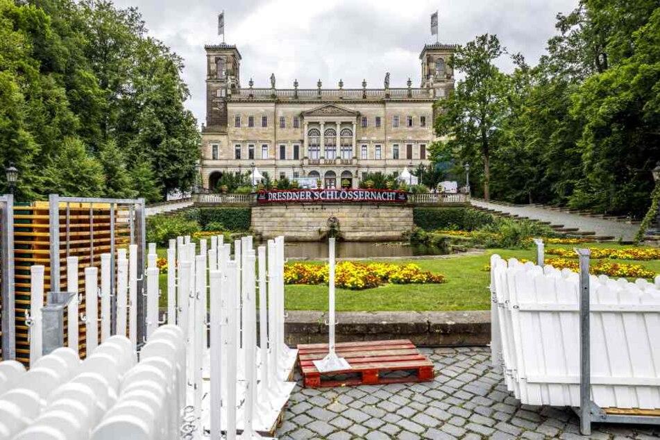 Der Aufbau der Desdner Schlössernacht auf Schloss Albrechtsberg.