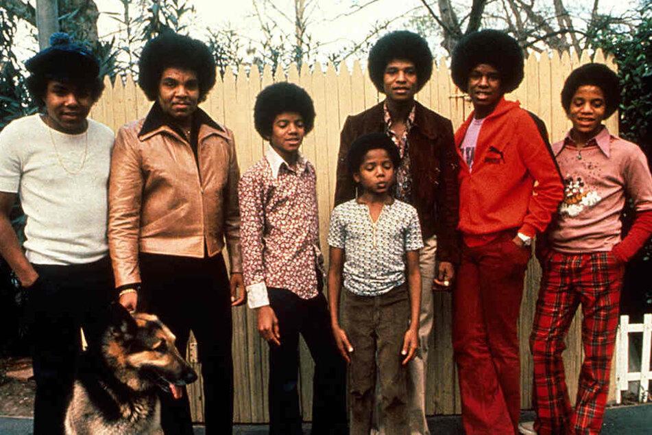 "Berühmt wurde Joseph ""Joe"" Jackson vor allem als Manager der Band seiner Söhne, ""The Jackson Five""."