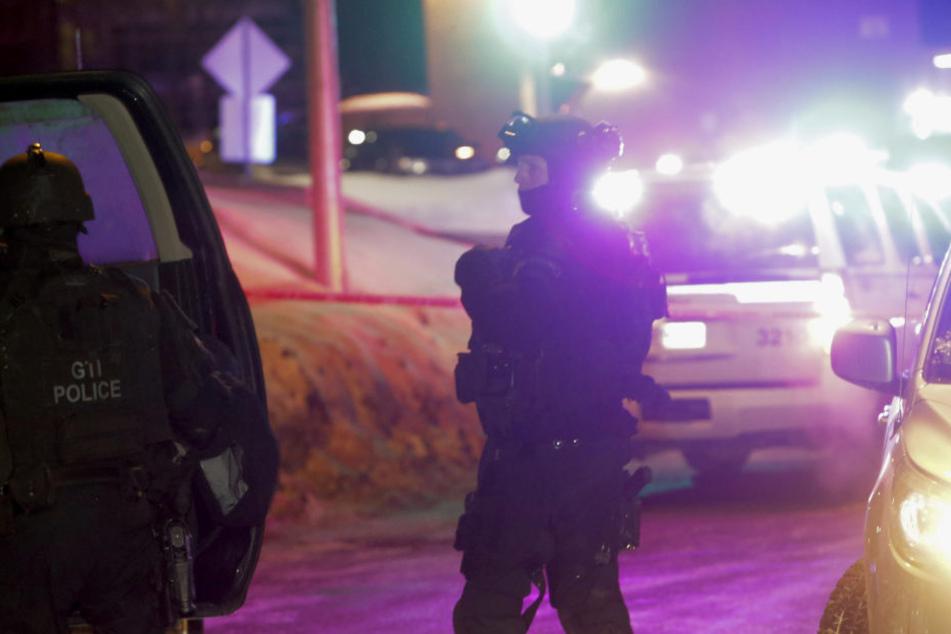 In einer Moschee in Quebec sind sechs Menschen erschossen worden.