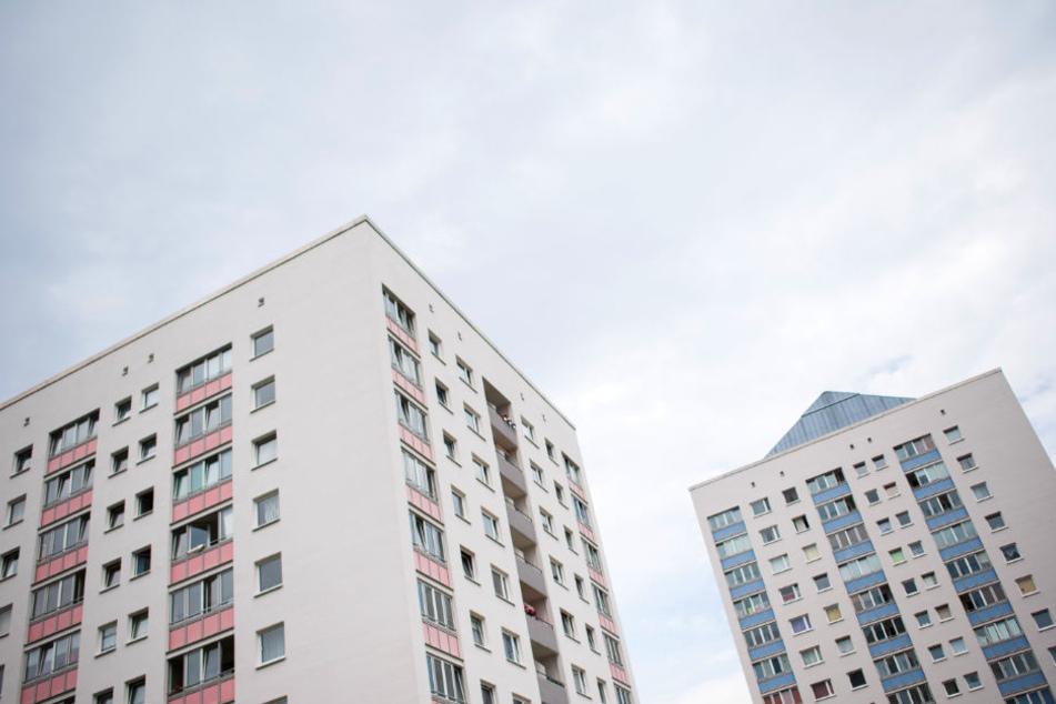 Die Saga ist der größte Vermieter in Hamburg. Zum Bestand gehören unter anderem diese Hochhäuser in Lohbrügge.