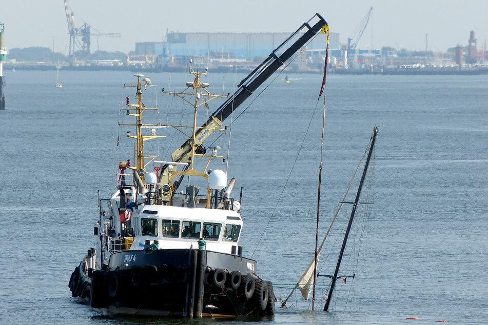 Yacht mit sieben Seglern gesunken: Bergung aus der Nordsee