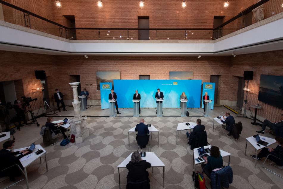 Die Pressekonferenz nach der Sitzung des bayerischen Kabinetts im Prinz-Carl-Palais wurde mit Spannung erwartet.