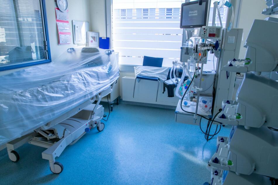 Coronavirus: 10.810 Neuinfektionen und 294 neue Todesfälle