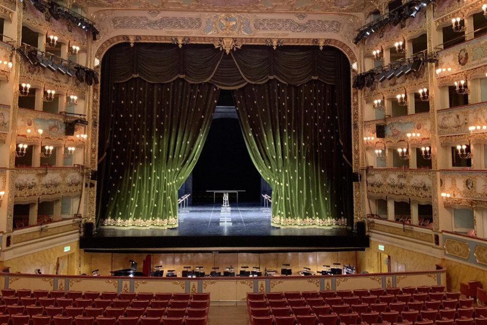 Italien, Venedig: Der Bühnensaal der Oper von Venedig (La Fenice). (Archivbild)