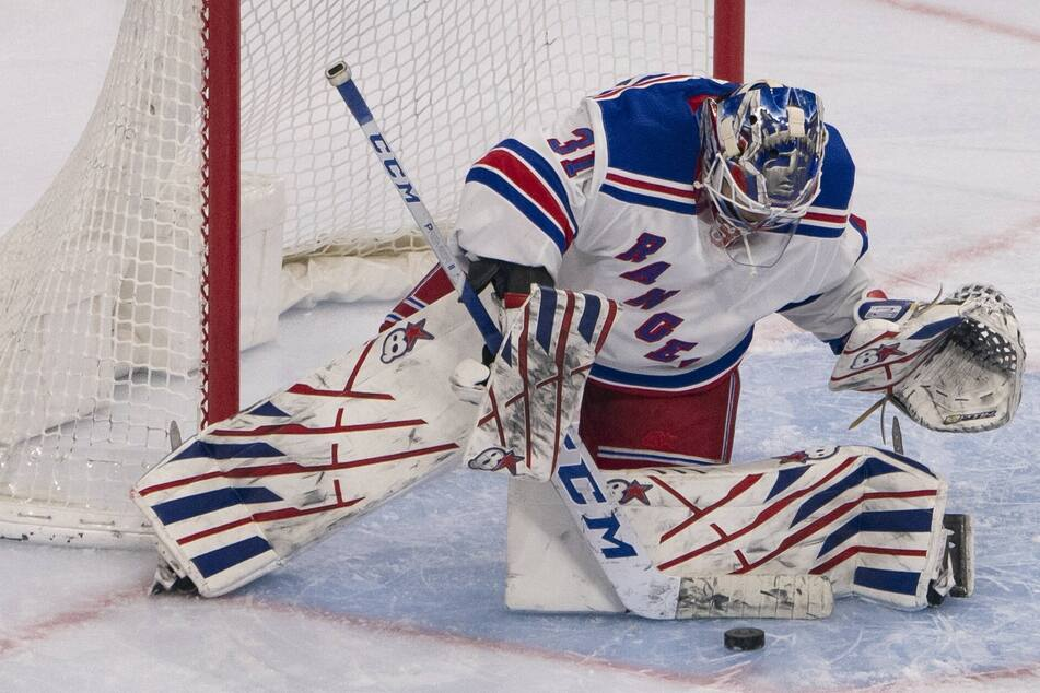 NHL: The Rangers keep on rolling over the Devils for their second-straight shutout!