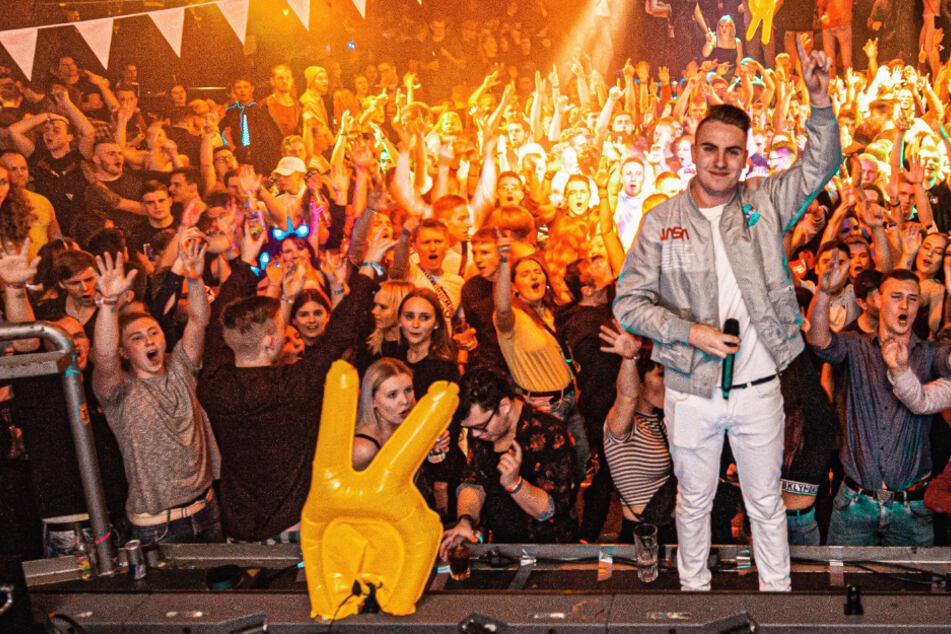 48 DJs, 48 Stunden Party: Längster DJ-Livestream der Welt startet am Freitag!