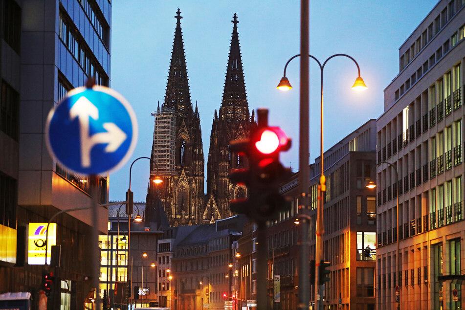 In Köln liegt die Inzidenzzahl am Dienstag bei 66,0.