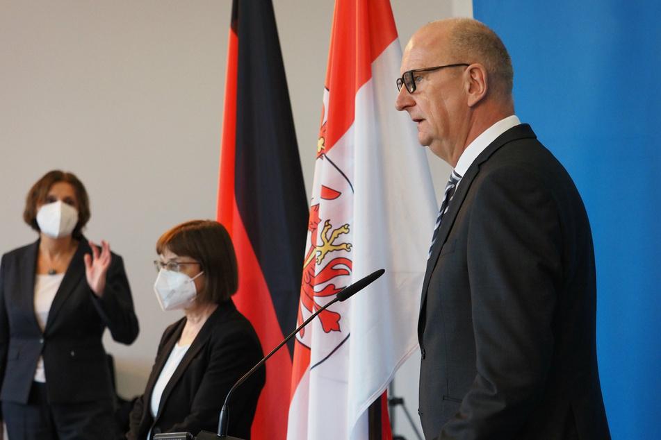 Ministerpräsident Dietmar Woidke (59, SPD) warnte vor weiteren Lockerungen