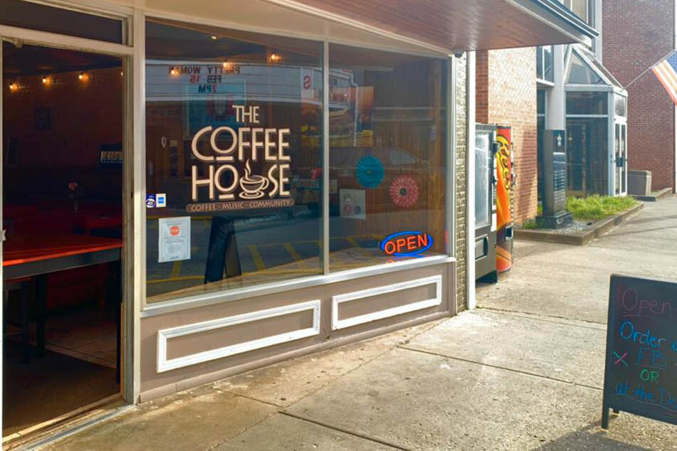 The CoffeeHouse in Paintsville, Kentucky, is offering free drinks to all front-line workers.